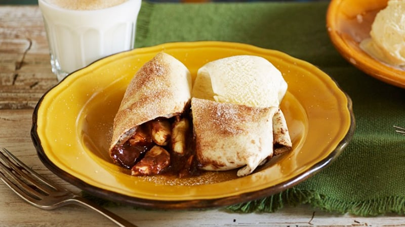 baked-banana-chocolate-chimichangas