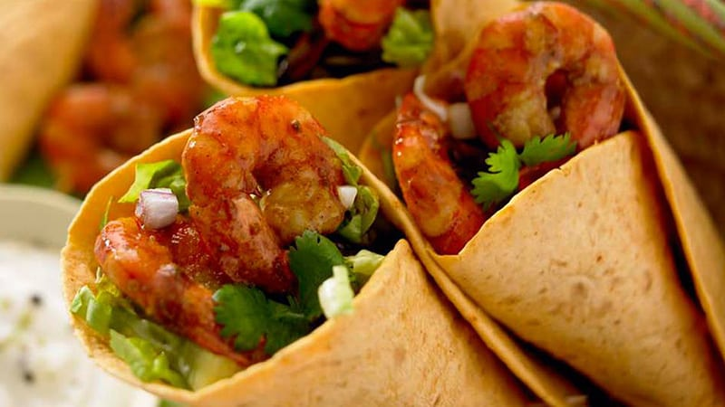 chilli-lime-prawn-burritos-with-sour-cream
